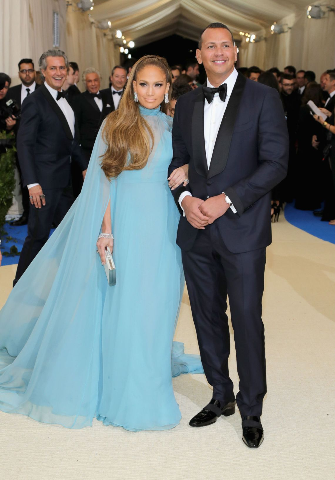 gallery-1493684797-jennifer-lopez-met-gala-blue-dress-2017